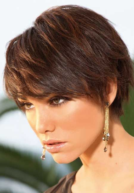 50 classy short hairstyles for thick hair the fashionaholic hairstyles for thick hair 1 of 50 advertisement solutioingenieria Image collections